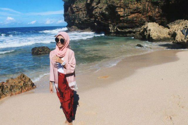 Ngetun Beach – The Exotic Beach in Gunungkidul, Jogjakarta