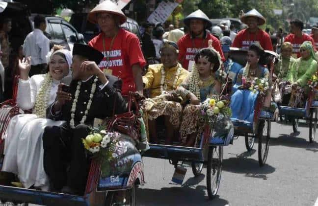 Gokil, Nikah Masal dan Pre-Post Wedding Bareng Jogja Diikuti Puluhan Peserta