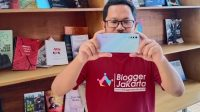 fulltime blogger